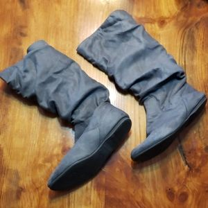 Arizona Grey Slouch Boots Suede 8